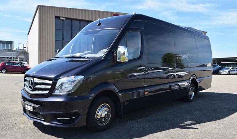 corporate limousine minibus