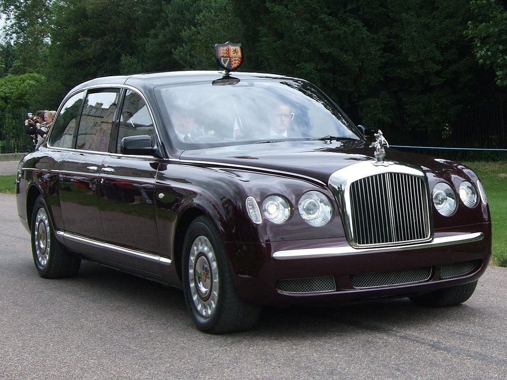 the queens bentley limousine