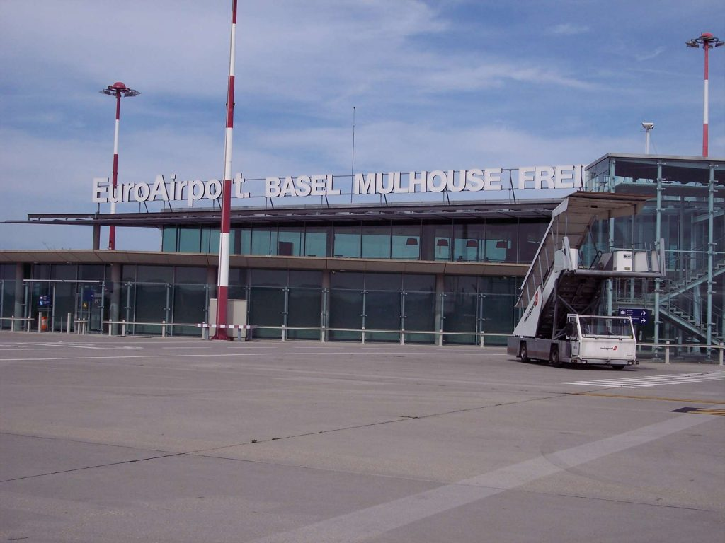 Airport Basel - limo airport transfer to Basel
