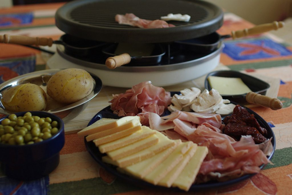 raclette - traditional swiss food