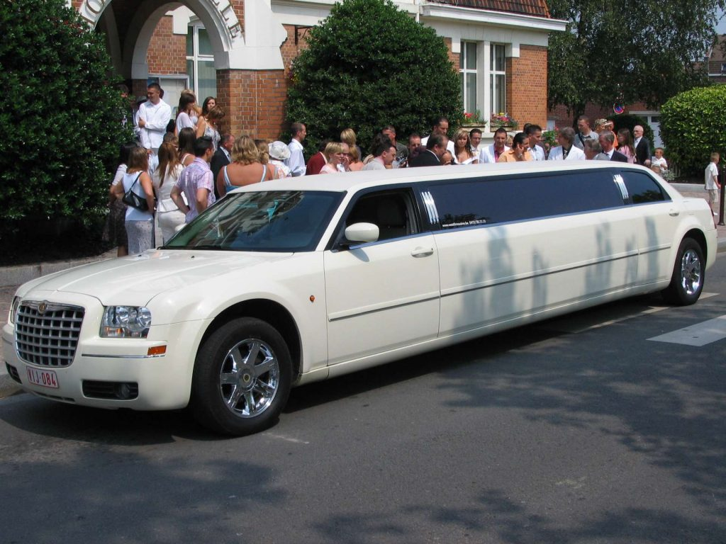 white limousine - limo car service for reunions